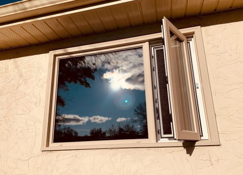 Lockport, MB replacement window